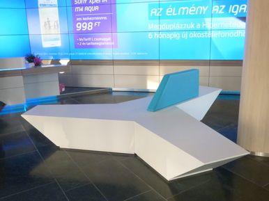 Telenor Maďarsko - lavice PAUSE
