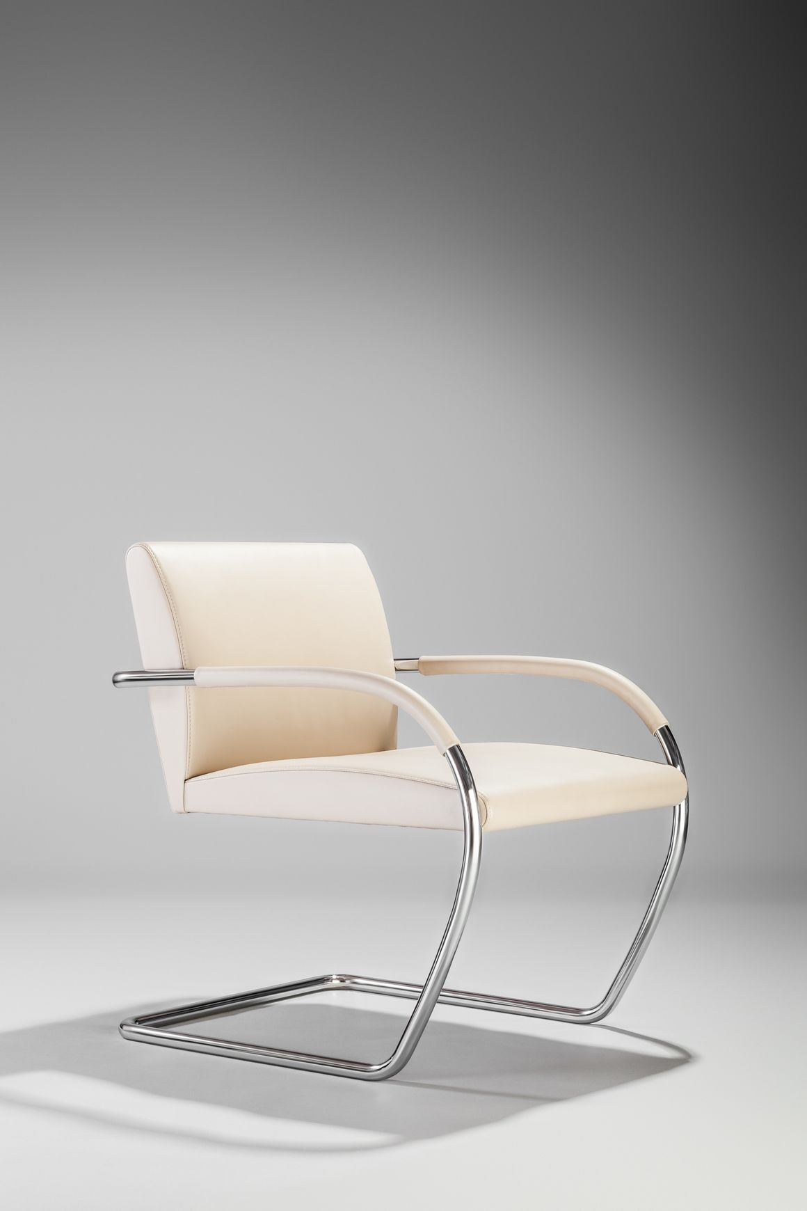 Ludwig Lounge Chair
